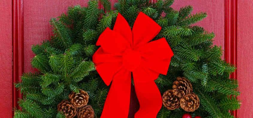 Decorazioni Natalizie Con Il Polistirolo.Ghirlande Di Natale Per La Porta D Ingresso