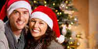 Decorazioni di natale ghirlande natalizie di pigne for Regali di natale al fidanzato