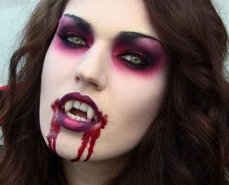Costume Vampira per Halloween fai da te e68b6af7d75