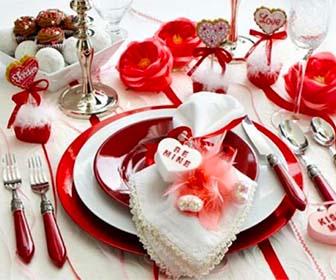 Decorare la tavola per la cena di san valentino - Decorazioni tavola san valentino ...